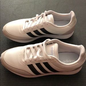 EUC Adidas shoes